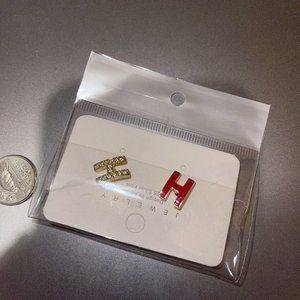 Mini pop H earrings